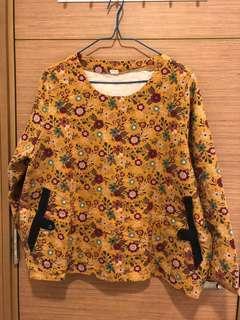 全新, 無著過, 韓國牌子GUUL黃色碎花衫, 胸大約45时, 肚大約47吋, 衫長大約24吋, 兩側有袋, 韓國制, 綿料