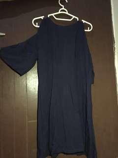 Dress (desain bahu bolong)