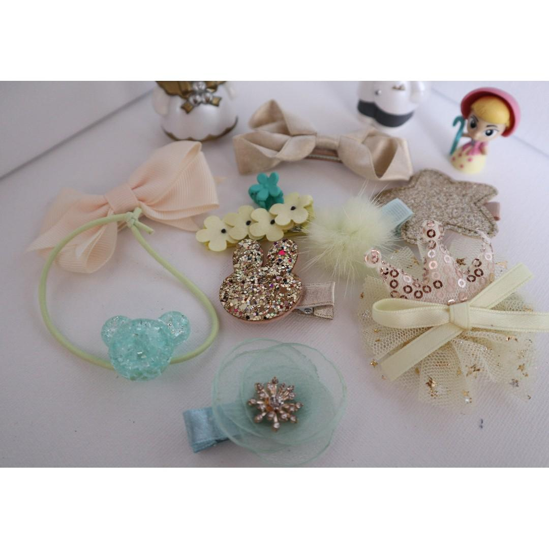 Brand New girls hair accessories in 10 pieces ( green color ) #BK304
