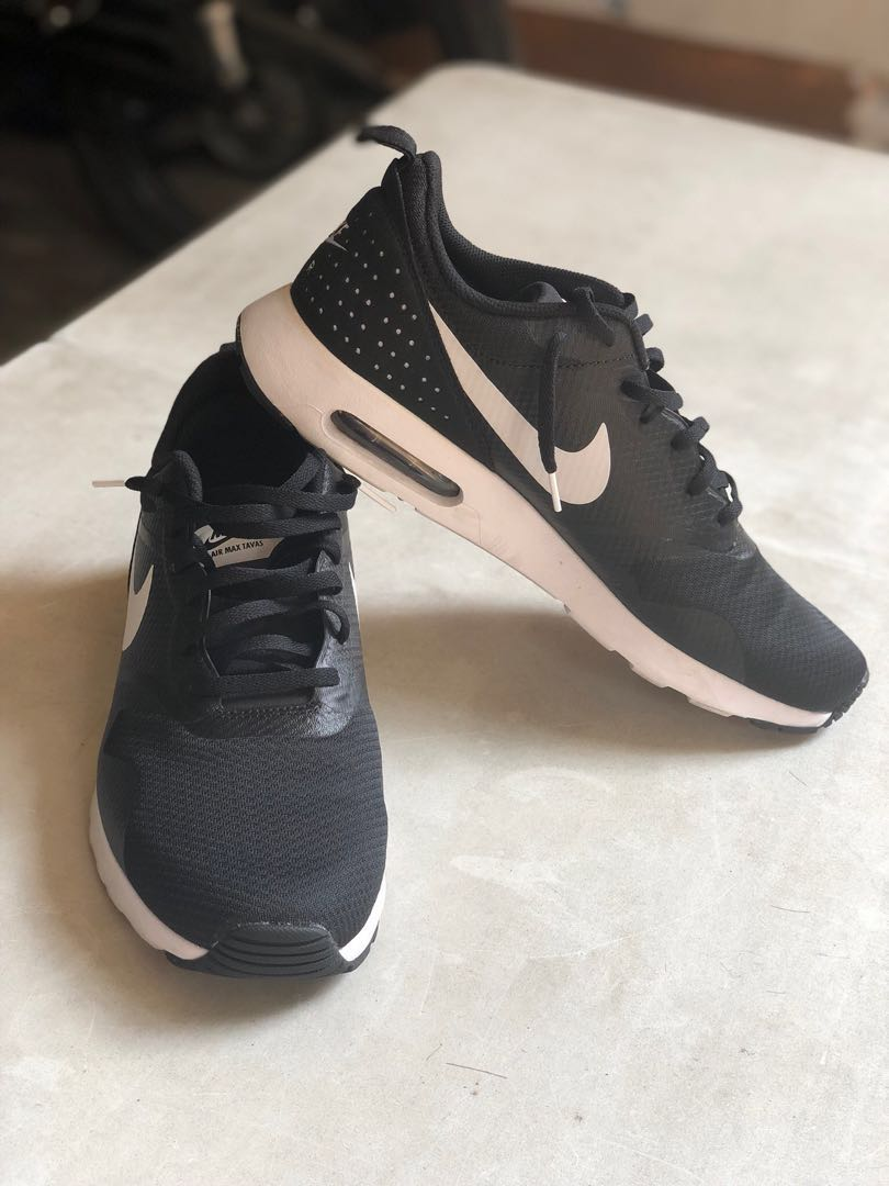 super popular b0d48 43f2b Air Max Tavas Nike Shoes, Men s Fashion, Footwear, Sneakers on Carousell