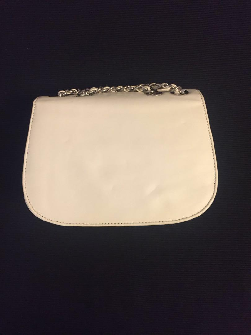 Brand new Alannah Hill off white/cream handbag / cross body bag / shoulder bag