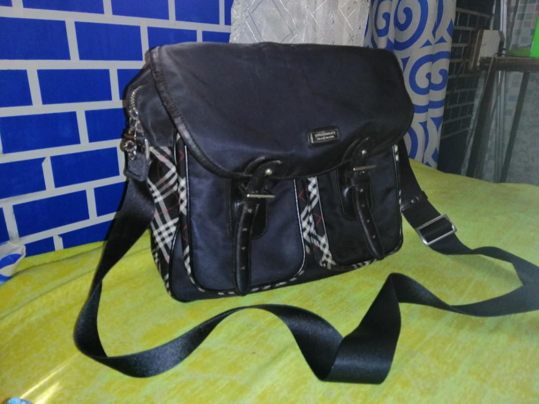 Burberry sling bag ce6960bd7a334