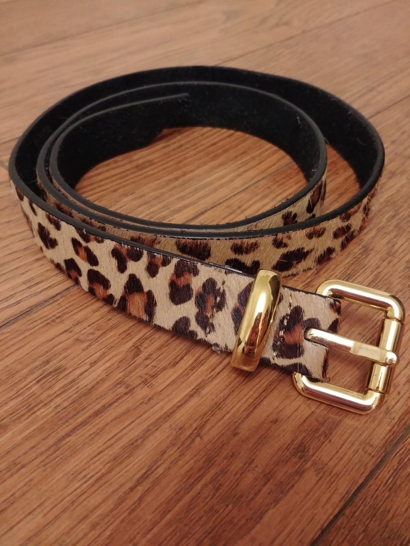 "Danier Leather Genuine Leather Animal Print Belt (Size medium; 38"")"