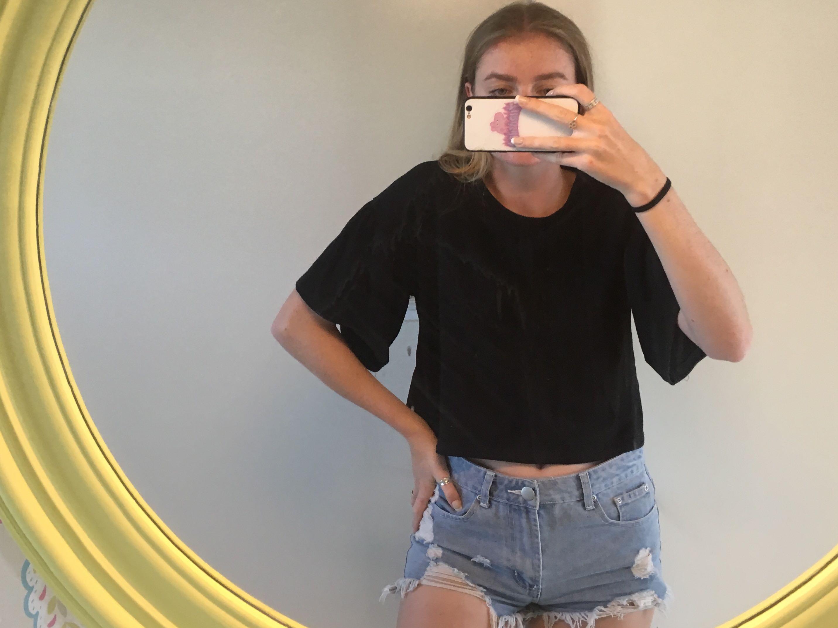 Glassons Black Flare Sleeve Tee ⚡️ Size XZ