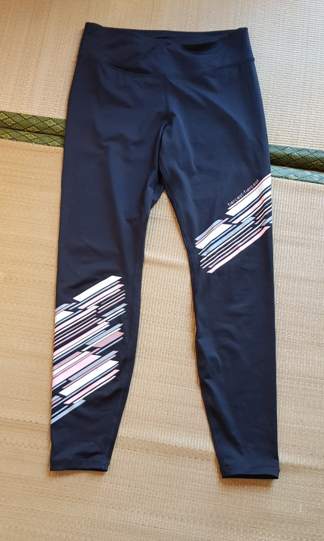 672b819d33 H&M Sport Yoga Exercise Pants Legging Sz Size L, Women's Fashion, Clothes,  Pants, Jeans & Shorts on Carousell