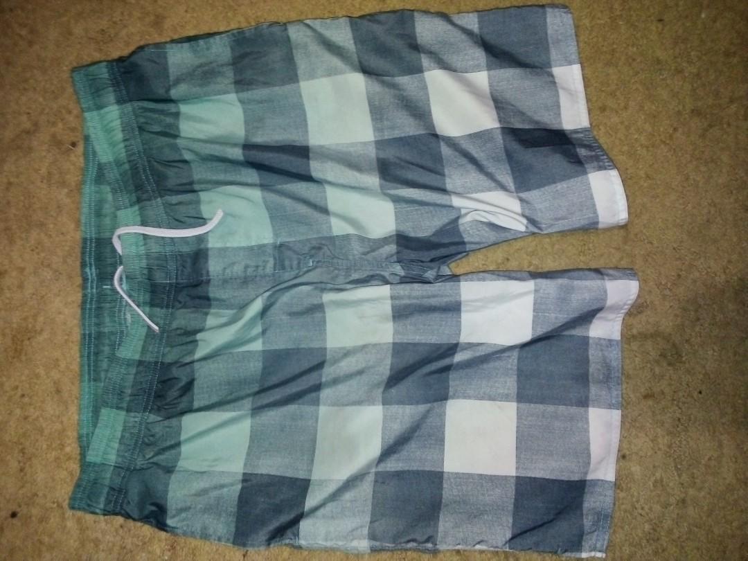 Men's Ombre Green Check board /skate shorts Size XXL