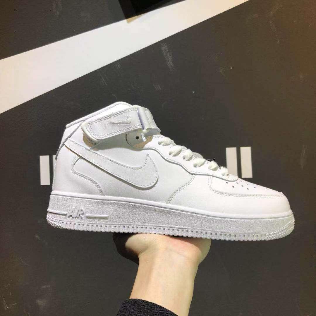 huge selection of 90437 0ecea Nike Air Force 1 Mid Triple White, Men's Fashion, Footwear ...