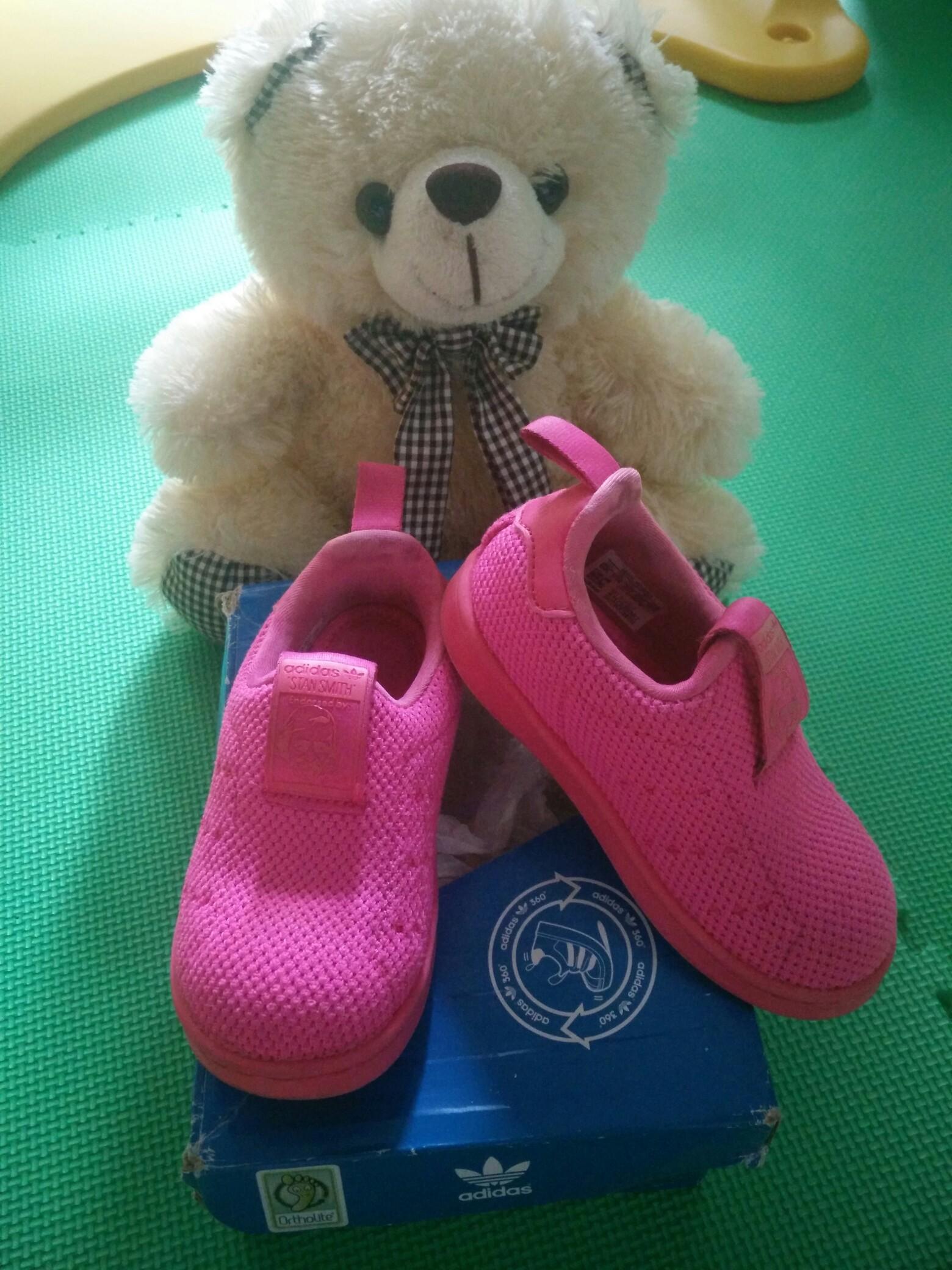 Preloved Sepatu Adidas Sam Smith