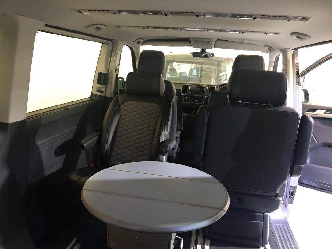 VOLKSWAGEN Multivan 7seater