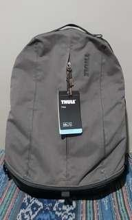 Thule VEA Backpack Laptop 15.6 Inch TVIP 116 21  (with tag)