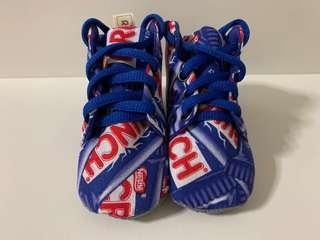 🚚 Baby Shoes Nestle Crunch