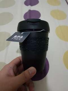 Coffee cup, exactly for 1 kopi. fast deal