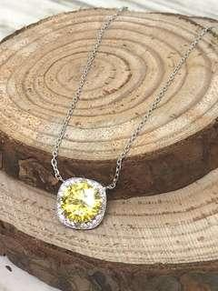 Yellow CZ Halo Necklace in Silver 925