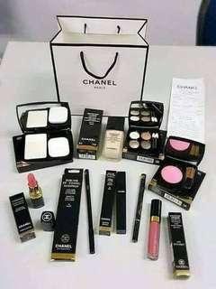 Makeup set kit onhand!
