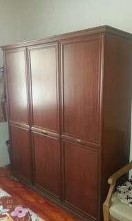 Almari vintage clothing cabinet kayu 30tahun