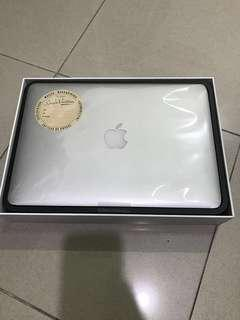 "Macbook Pro late 2014 , 13"" , 128 gb"