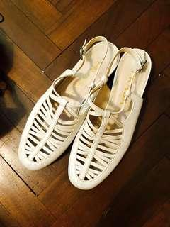 💯Authentic Prada White Leather Flat Shoes
