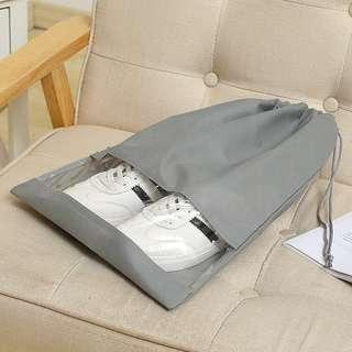 🚚 Grey non-woven cloth shoe bag receiving bag beam-mouth bag travel shoe bag dustproof bag shoe cover boot cover