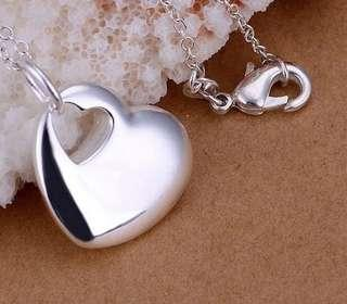 🚚 Silver 925 plated simple heart pendant necklace