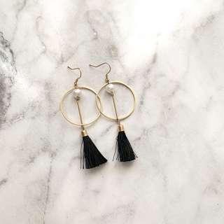 Black circle tassel earrings