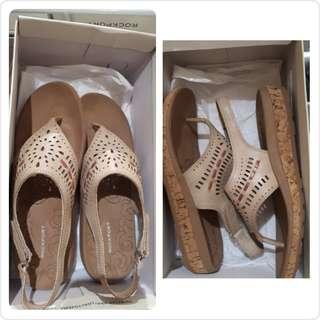 New Rockport Sepatu Sandal Wedges 💯 %ORIGINAL