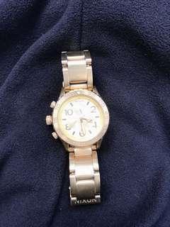 🚚 Nixon 手錶