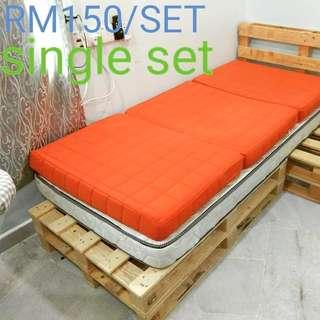 SINGLE BED WITH HEAD (PINE PALLET)