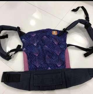 🚚 Tula Baby Carrier used preloved lunabrite boys design girls also can well taken care