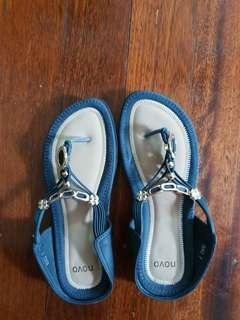 Nova black sandals