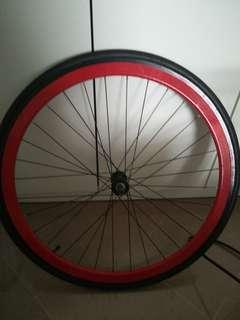 Brandless front wheel
