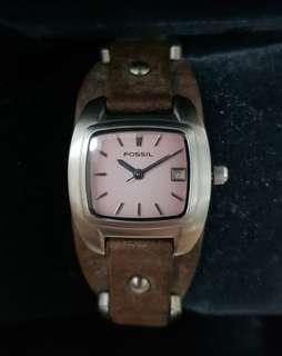 Authentic Fossil Watch for ladies with original military style leather strap.