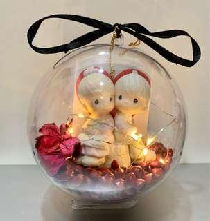 Gift with your favourite figurine!