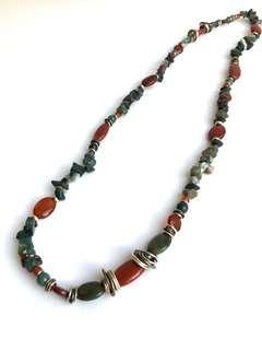 🚚 Stone Necklace