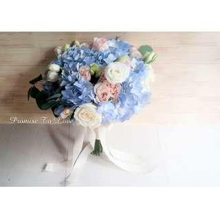 Rustic Fresh hydrangea flowers hand bouquet (Wedding / ROM/ Bridesmaid / Proposal/ Anniversary/Birthday)