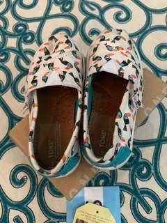 Toms Classic Blue Multi Canvas Toucans Shoes