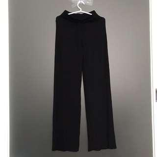 Wide Leg Sweatpants in Black