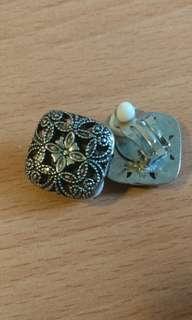 🚚 二手Pinkoi復時館夾式耳環