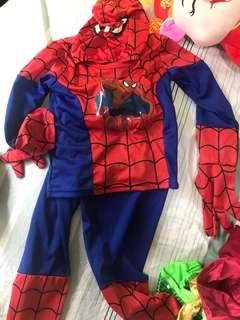 Spider-Man costume - for 3-4 years