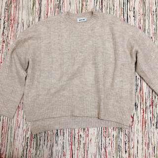 🚚 寬鬆米色 毛衣