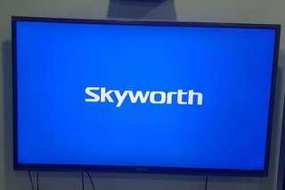 "55"" Skyworth LED TV"