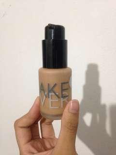 makeover ultra cover liquid matte foundation