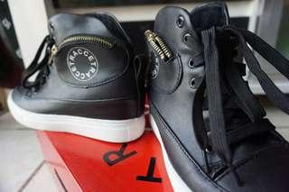 Sepatu Tracce ankle boots size 37 (fit 37-38)