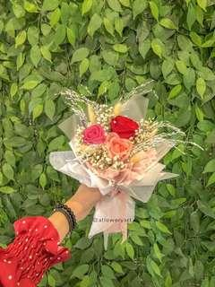 I love you small flower bouquet