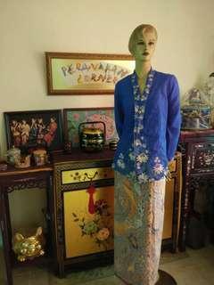 Vintage blue kebaya top with ketok lobang