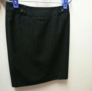 [34] G2000 formal skirt