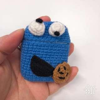 🚚 PO AirPods crochet case (Cookie Monster)