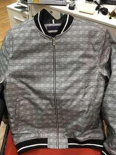 Dijual jaket The Executive Size L New With Tag