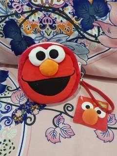 🚚 Elmo pouch