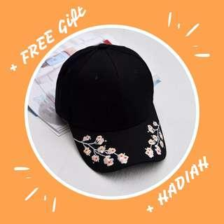 【Brand New】Korean Fashion Flower Embroidery Cap