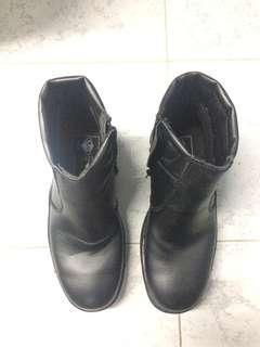 SALE🎉🎉🎉NEW 🎉 Safety Boots For Men (Price Include Postage) / Kasut Lelaki / Boots / Kasut Kerja Lelaki / Kasut Kerja / Boot Kerja / Boot Lelaki / Boot Lelaki